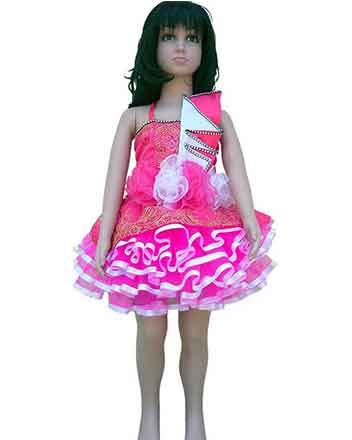 A dress in Pink very nice for your Princess